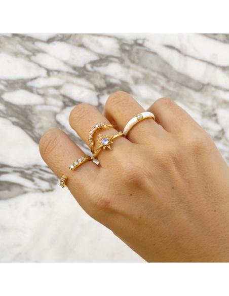 anillo piedra luna dorado